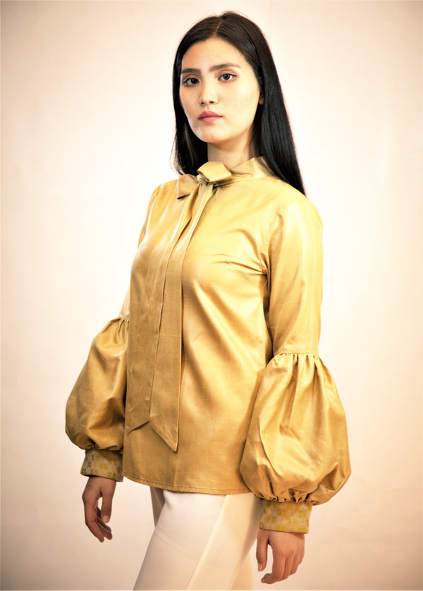 Balloon Sleeve Top in Handloom fabric