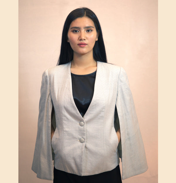 CAPE JACKET IN HANDLOOM FABRIC