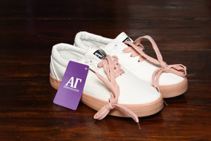 Canvass Sneakers - White/Pink