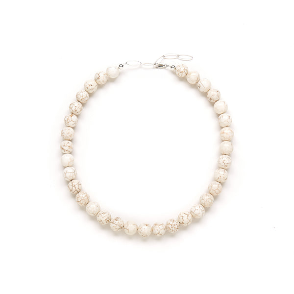 Chunky Eggshell Necklace in Ivory Magnesite