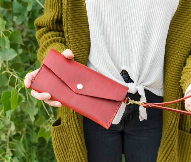 Women's Leather Clutch Wallet - Bifold - Oxford Red