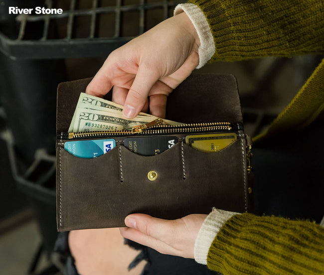 Women's Leather Clutch Wallet - Bifold - River Stone