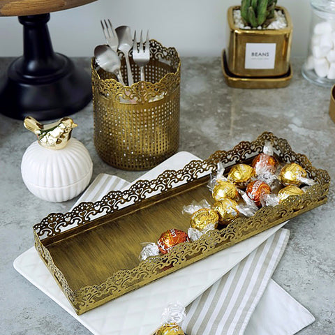 Rustic-Shabby-Chic-Farmhouse-Vintage-Gold-Rectangular-Lace-Tray-Cake-Display