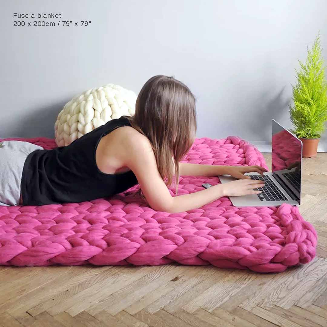 Fashion Hand Chunky Knitted Blanket Thick Yarn Wool-like Polyester Bulky Knitted Blankets Winter Soft Warm Throw decke