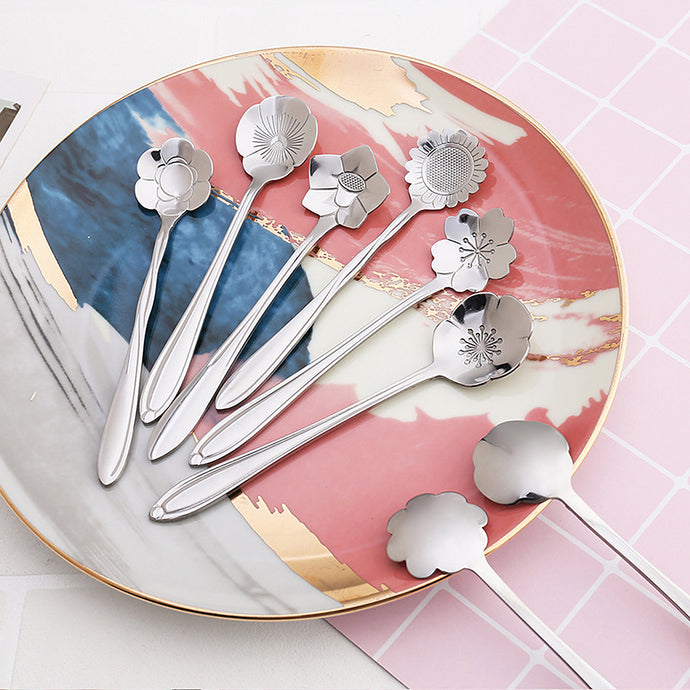 Enjoy your dessert, cake or drinks with quality stainless steel dessert coffee spoon. Each set contains 8 of different designs and each spoon in the set carries a different flower pattern.