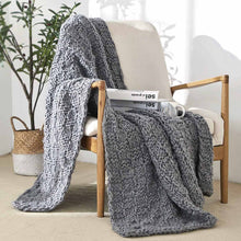 Load image into Gallery viewer, Soft, cozy blanket throw to curl up with your favorite book or a hot beverage and for braving the chilly seasons. decke