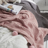 Super soft cotton blanket throw to curl up with your favorite book or add a touch of texture on your bed.