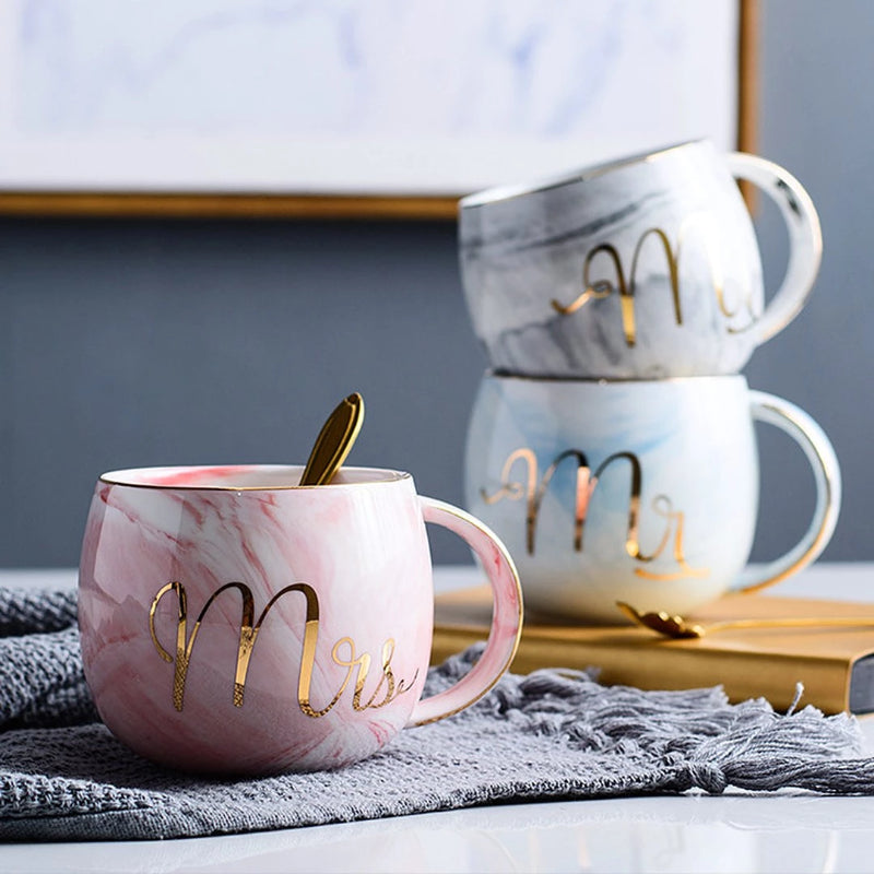 This stylish ball-shaped mug is perfect to start every morning with a smile. Mug is strong and sturdy to hold and thick wall keeps your beverage warm.