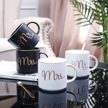 Charger l'image dans la galerie, Mr and Mrs Mug Set