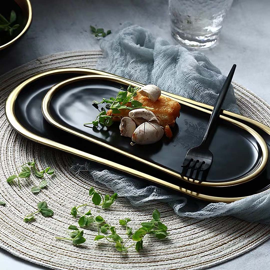 Oval Black Gold Trim Plate Serving Tray
