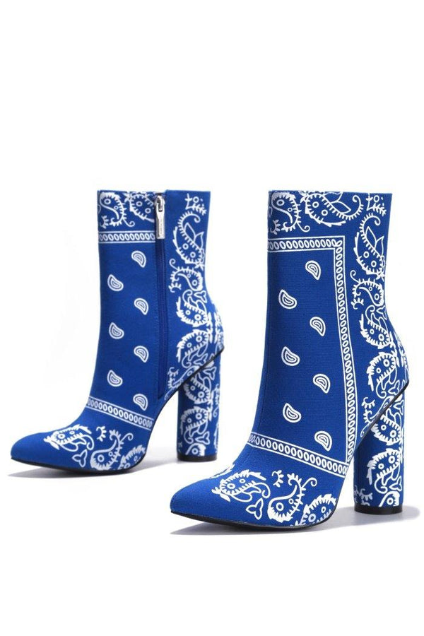 BOAS SNAKE SKIN CHUNKY STACKED HIGH HEELED ANKLE BOOTS WITH BANDANA PRINT-BLUE