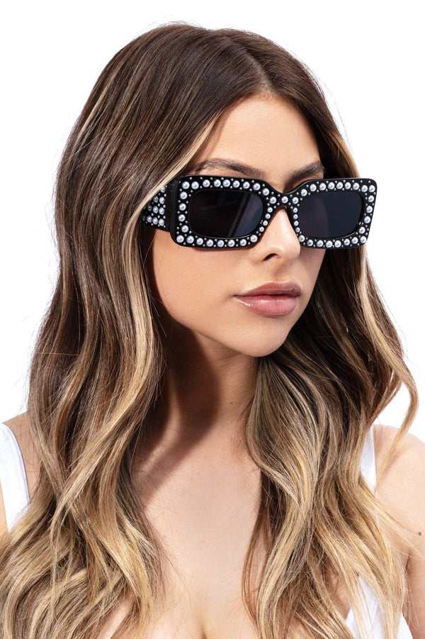BRILLIANT PEARL BEADED SUNGLASSES-BLACK