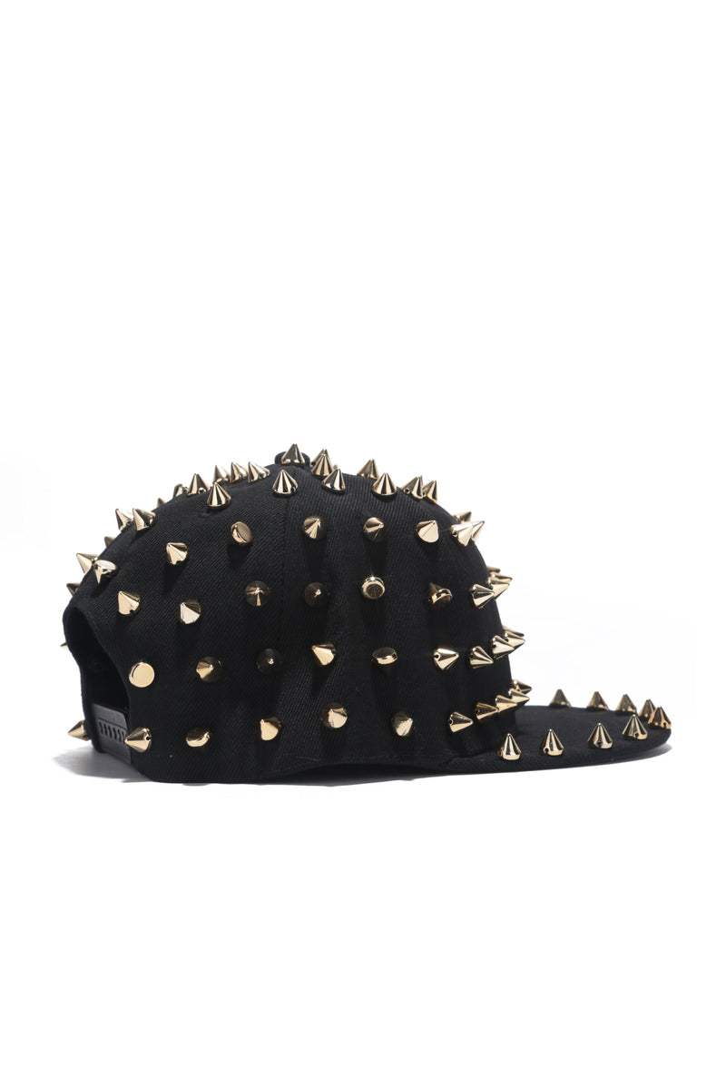 KEEP OUTSTUDDING SPIKY HAT-GOLD
