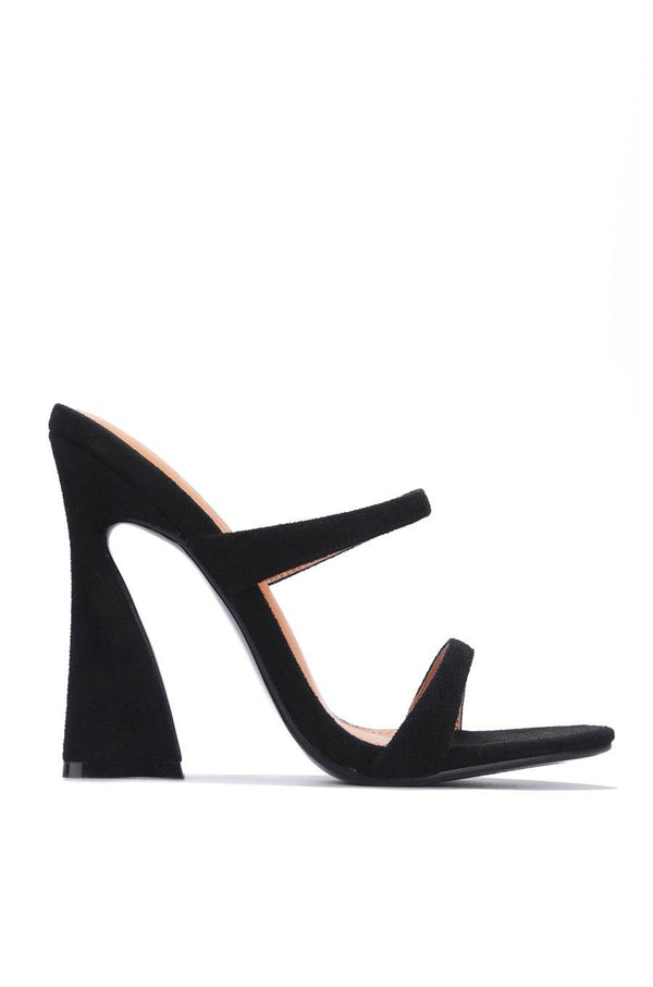 ANOTHER LOVER HERE BLOCK HEELS-BLACK