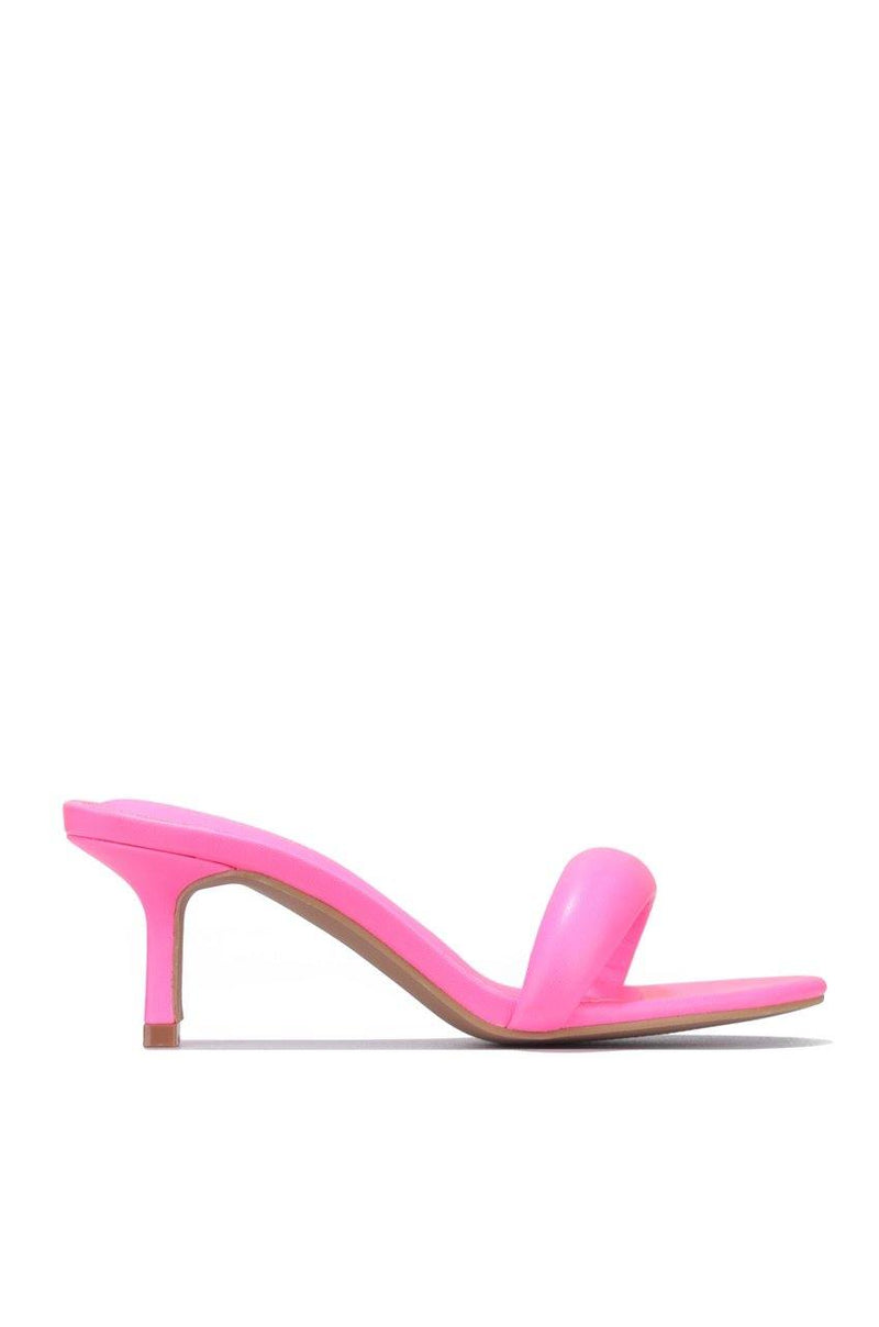 HEART AND MY LOVE FOR KITTEN HEELS-FUCHSIA
