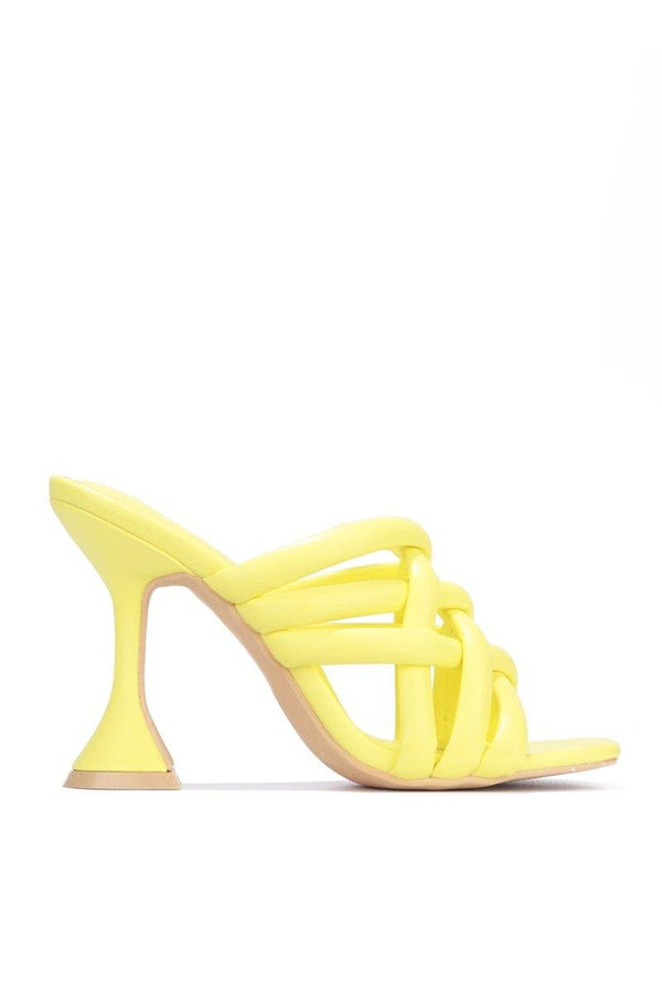 RIVER ALL OVER TOWN BLOCK HEELS-YELLOW