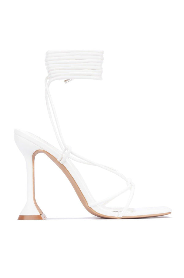 SCUBA TIME TO DIVE IN SANDAL HEELS-WHITE
