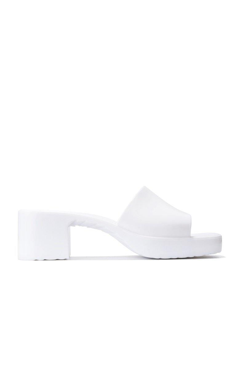 ZANNE TO INSANITY SANDAL HEELS-WHITE