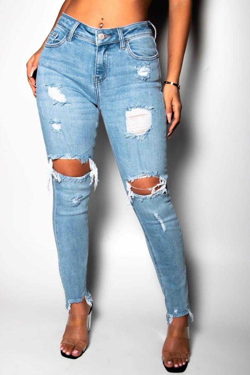 REESE IS ON THE MOVE DISTRESSED DENIM-LIGHT WASH