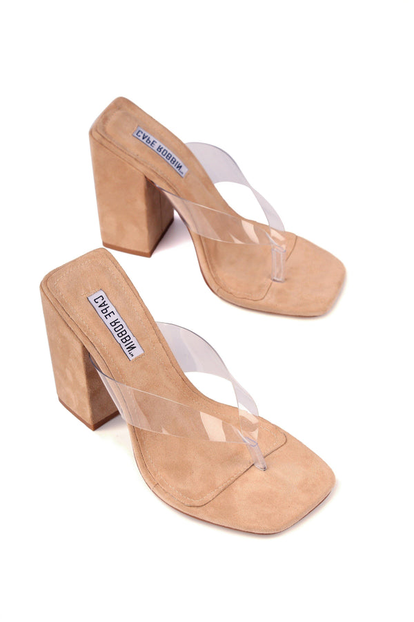 PLUM STEPS IT UP CHUNKY HEEL CLEAR THONG SANDAL-NUDE