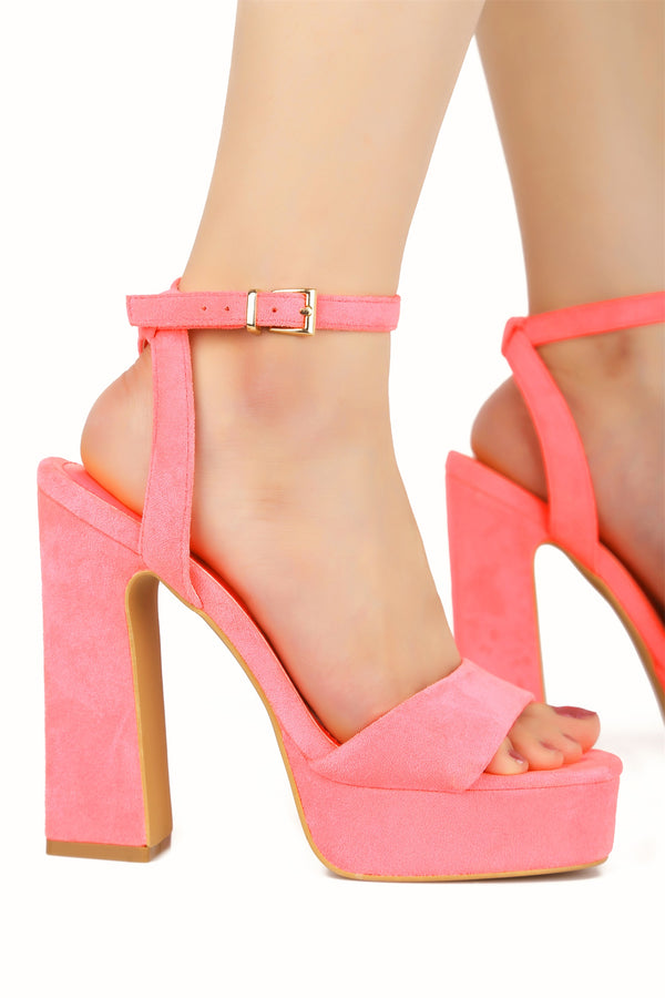 PARTY ALONG DA MILKYWAY PLATFORM CHUNKY HEELS-CORAL