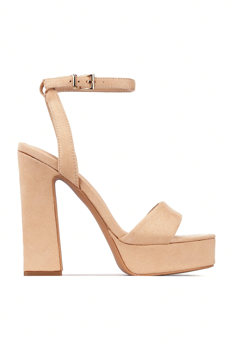 PARTY ALONG DA MILKYWAY PLATFORM CHUNKY HEELS-NUDE