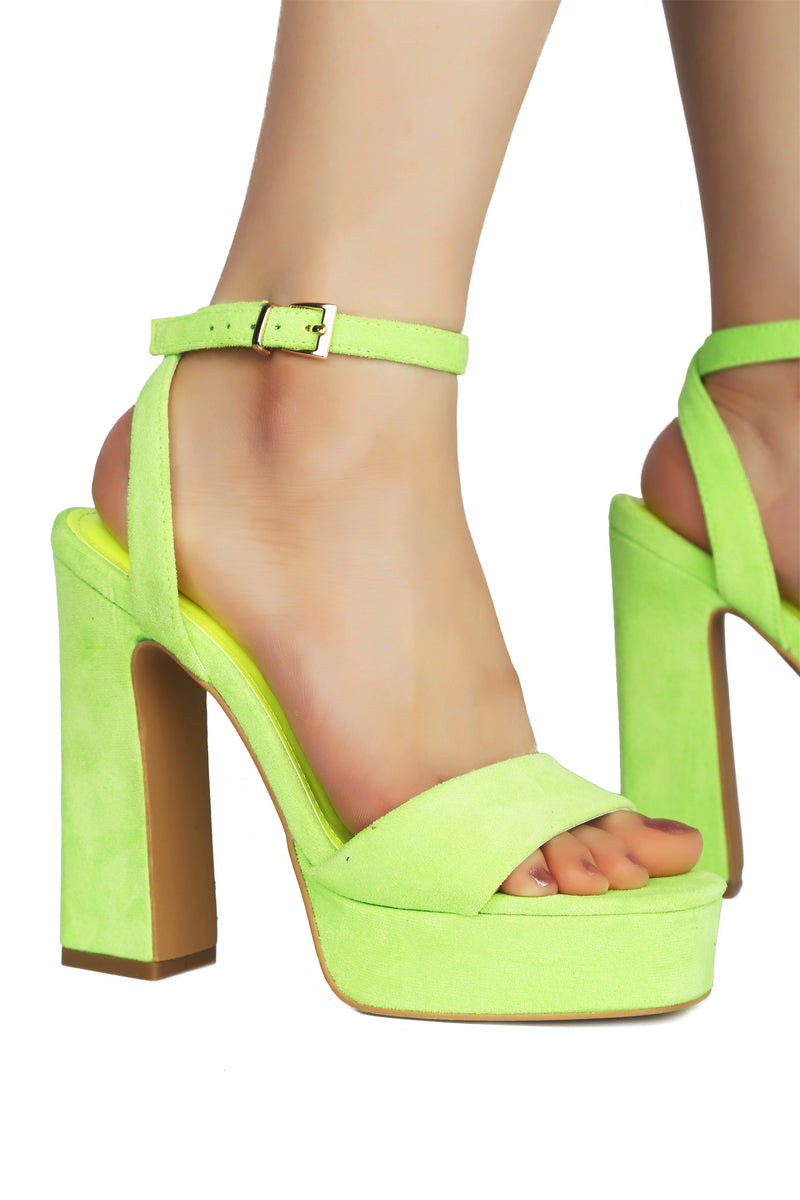 PARTY ALONG DA MILKYWAY PLATFORM CHUNKY HEELS-GREEN