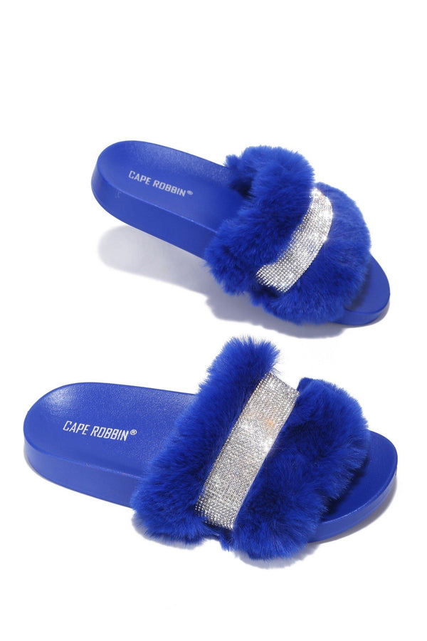 CASSETTE WEEKEND READY RHINESTONE FUR SANDAL-BLUE
