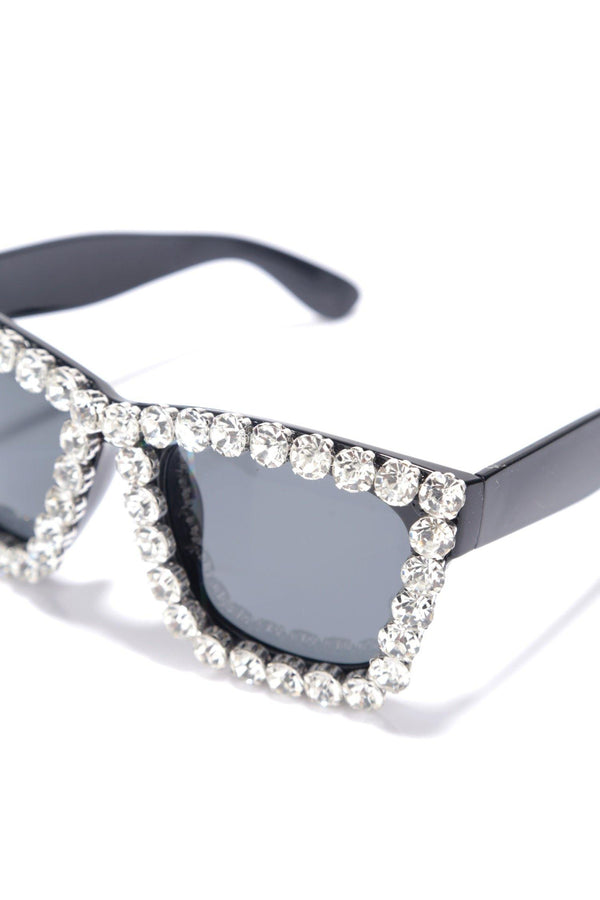 JUST SAYING DIAMOND SUNGLASSES-WHITE