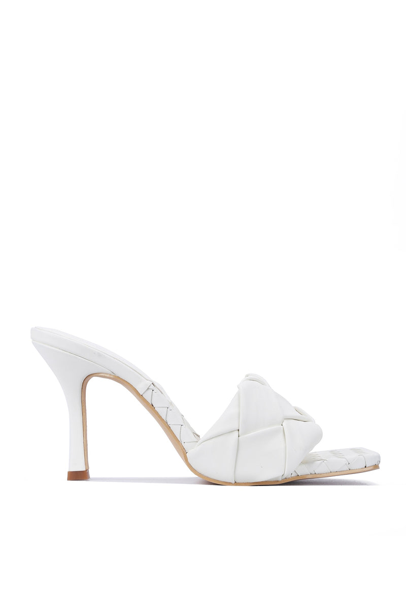 WAVE IT LIKE NEVER BEFORE SLIP ON WOVEN HEELS-WHITE