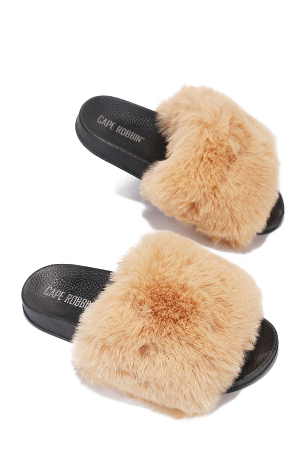 BISELLE KEEP IT COZY FUR SLIDES-CAMEL