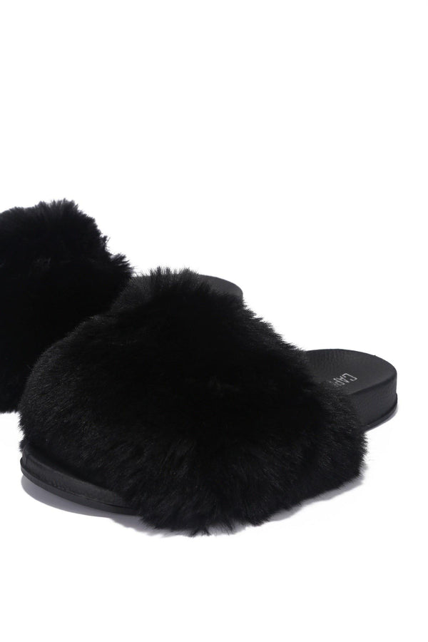 BISELLE KEEP IT COZY FUR SLIDES-BLACK