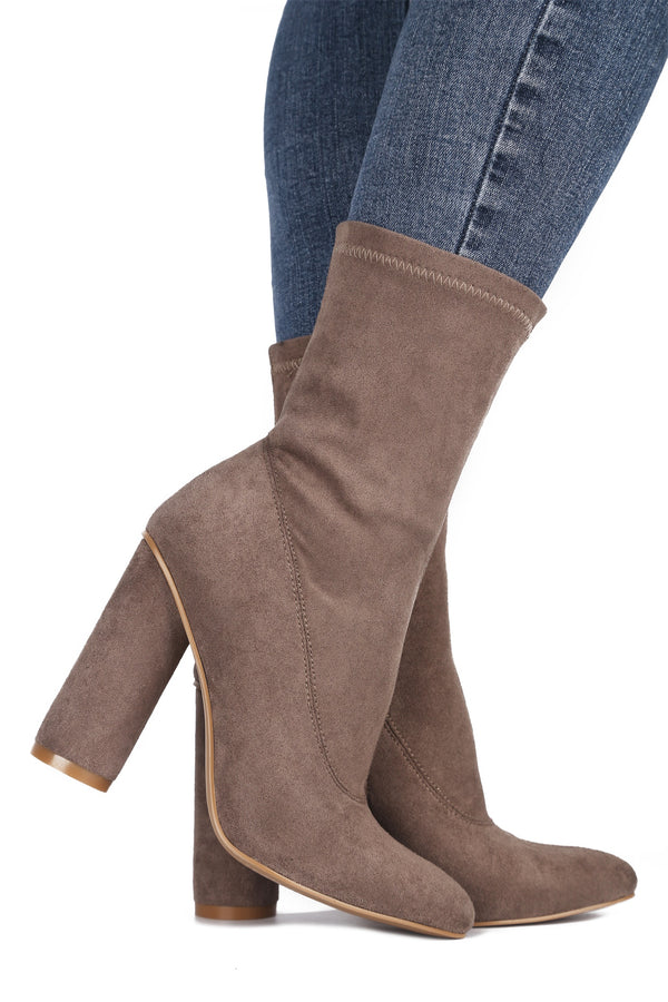 PAW-1 RULE BREAKER CHUNK HEEL BOOTIES-TAUPE - FlashyBox