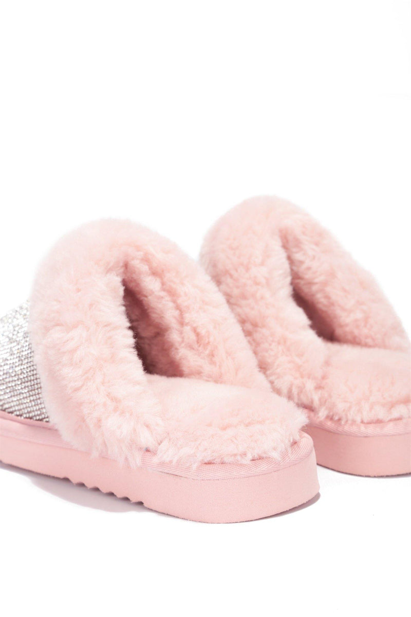 HOLIDAY FUZZY MOMENT SLIPPERS-BLUSH