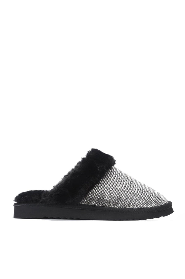 HOLIDAY FUZZY MOMENT SLIPPERS-BLACK