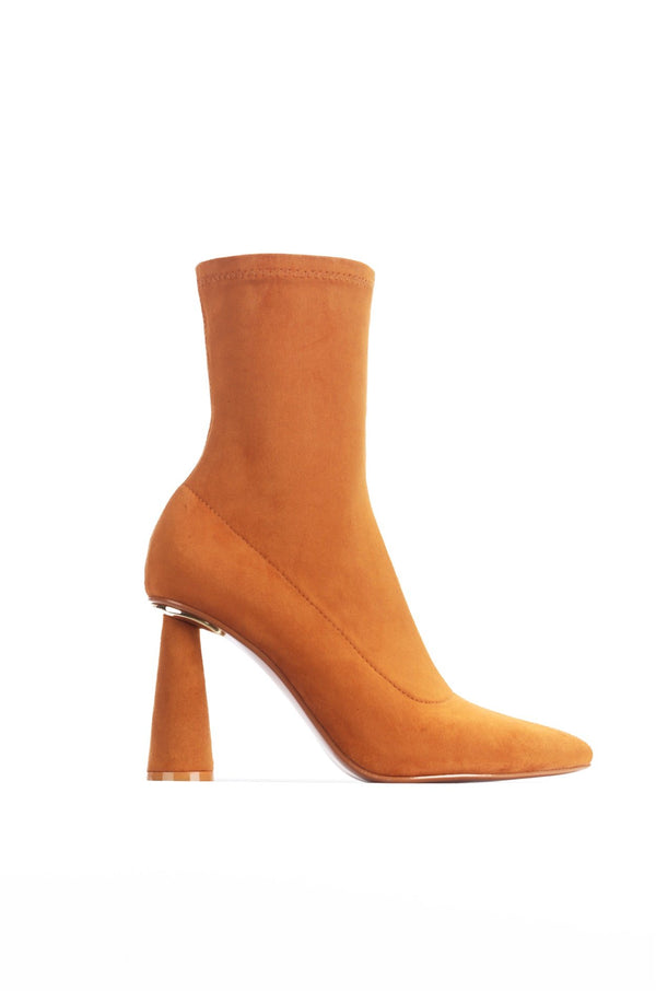 DUERO SHE'S A CATCH HEELED BOOTIES-TAN - FlashyBox