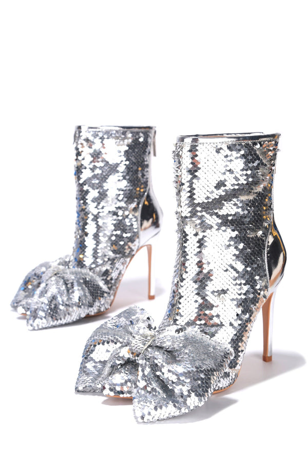 LAZO SHINING GLAM SEQUIN HEELED BOOTIES-SILVER - FlashyBox