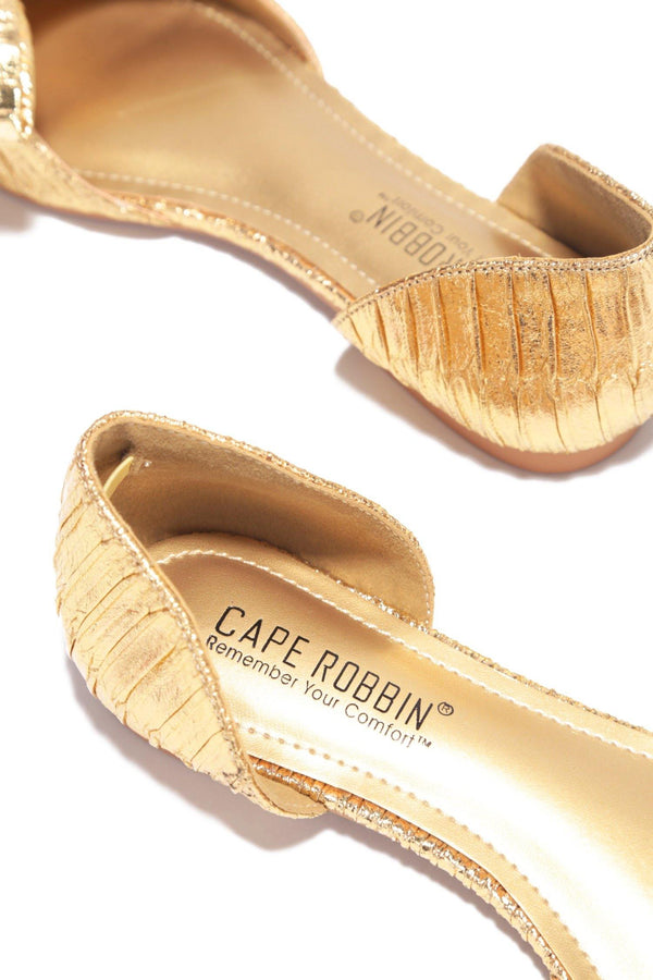 TWIT NOT YOUR EVERYDAY FLATS-GOLD