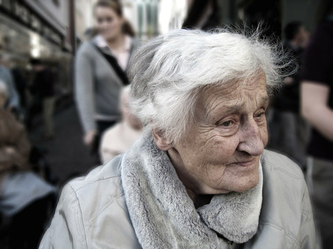 elderly woman with dementia