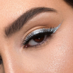 6 Steps to Applying False Lashes Like a Pro!