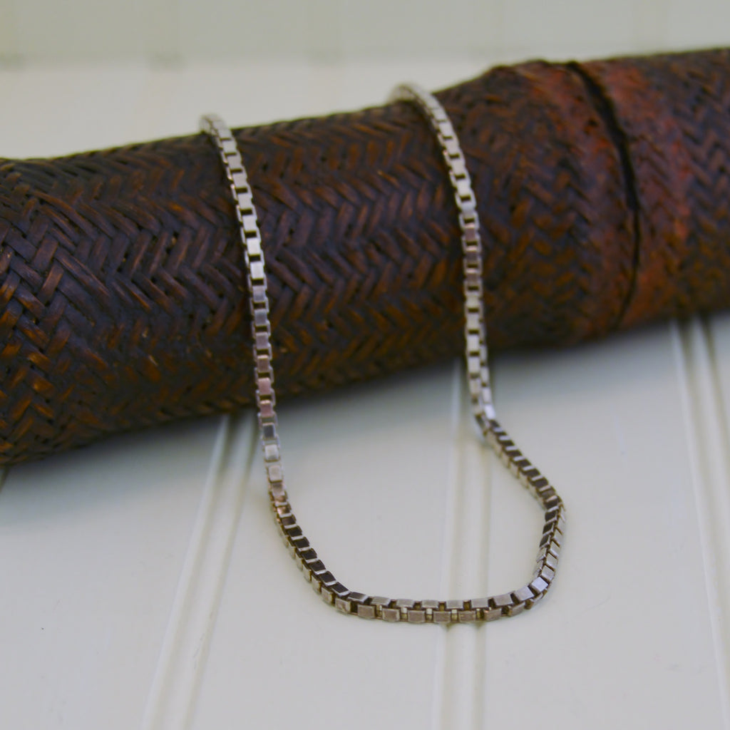Silver Box Weave Necklace