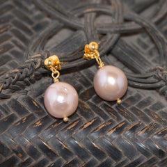 Pink Freshwater Pearl on Gold Stud Earring