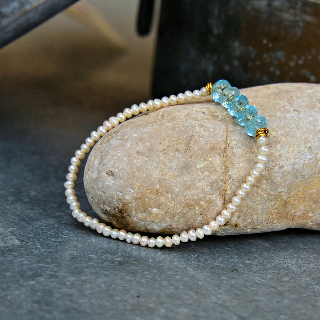 White Pearl Bracelet with Topaz Gemstones