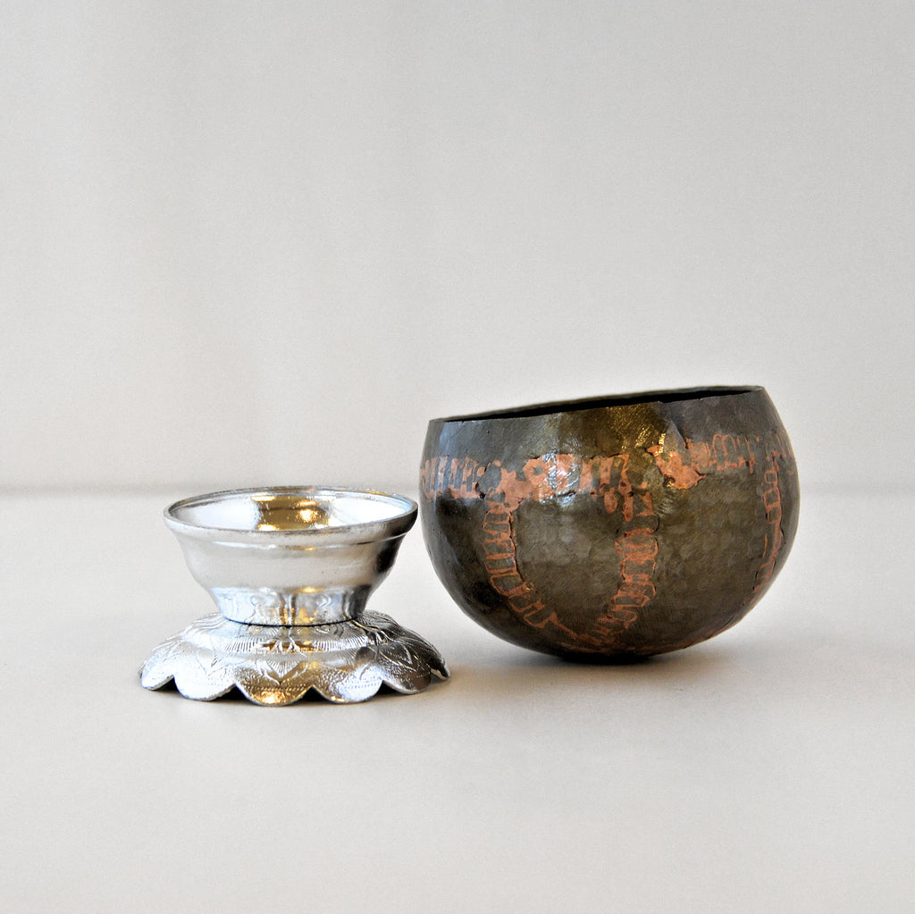 "Monk's Begging Bowl (3"" bowl with Stand)"