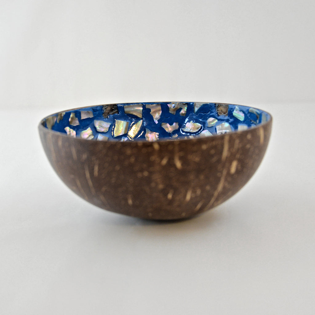 Oyster Shell Lacquered Coconut Bowl - Light Blue Star