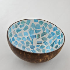 Oyster Shell Lacquered Coconut Bowl - Light Blue & Cream