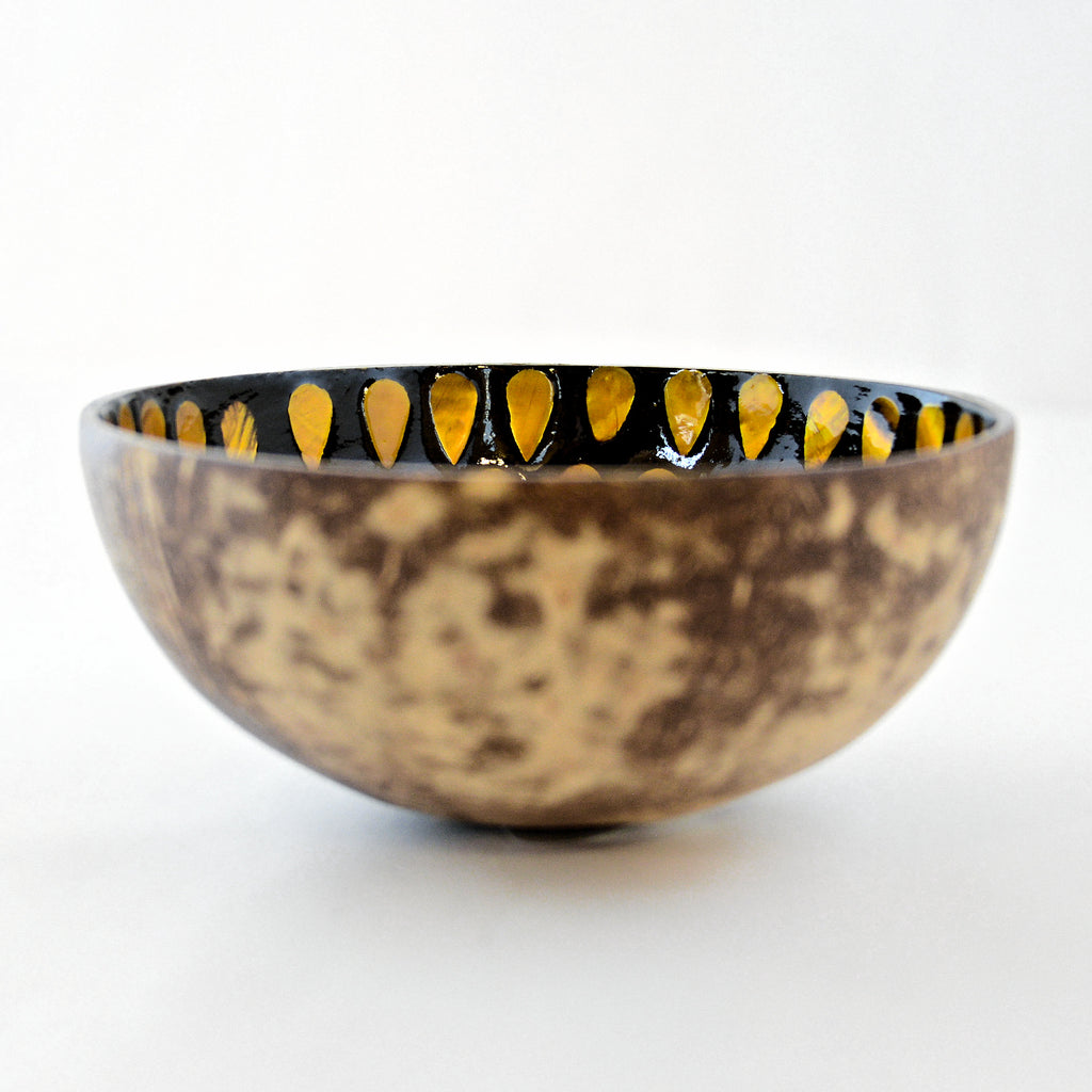 Oyster Shell Lacquered Coconut Bowl - Rusty Orange Teardrops