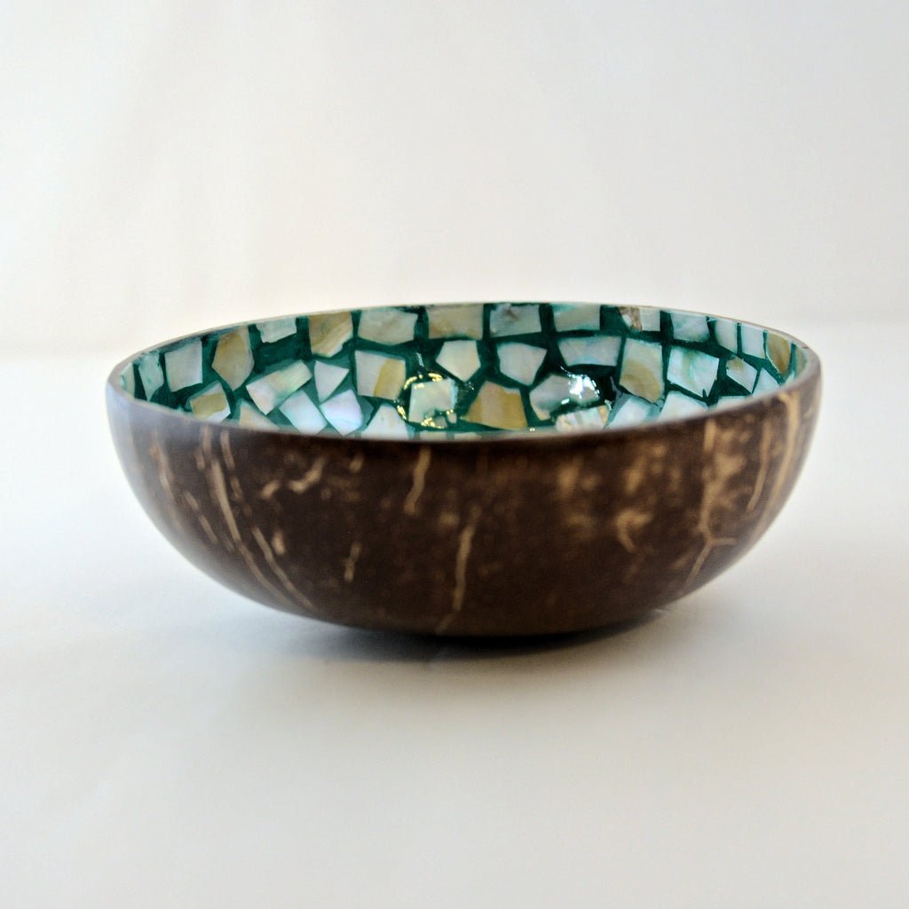 Oyster Shell Lacquered Coconut Bowl - Mint Green Flower