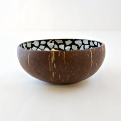 Oyster Shell Lacquered Coconut Bowl - Black & White Flower