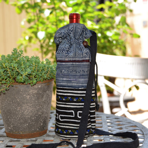 Hill Tribe Fabric Drawstring Wine Bottle Holder (Blue)
